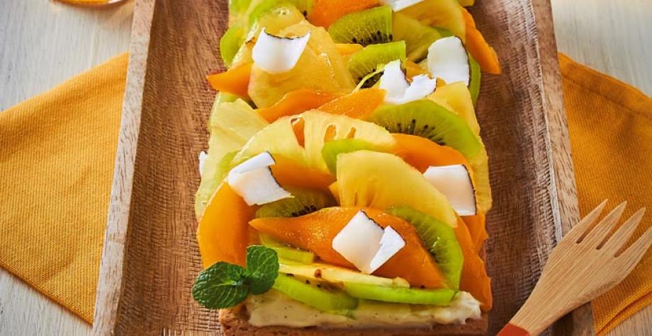 Tarte sablée, carpaccio de fruits exotiques